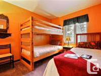 . max: 6. Master: 1Queen. Room/Chambre # 2: 2 lits