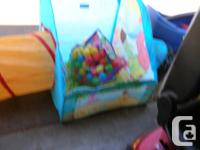 123 Sesame Street Balls & Ball Pit Set. In good to very