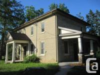 Enchanting 3 room, 2 bath residence found in Drumbo.