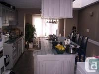 624 Grosvnor Street  Lots of living space and also