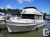 This is a very well maintain 31� Camano. Pride of