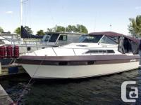 The Cruisers 2970 Esprit is an attractive midcabin, used for sale  Ontario