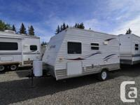 This pre-owned Ameri Lite trailer is a real cutie!