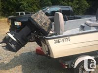 13ft Hourston boat that's perfect for fishing or casual