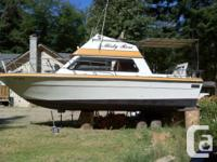 This boat has two Volvo Gas Engines model 432 SP 290