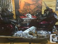Tour in comfort on this 2006 Goldwing with low KM'sThis
