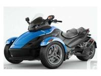 2010 Can-Am Spyder RS with SE5 transmission, storage