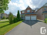Overview Gorgeous Spacious 4 Beds Detached Hse Loaded W
