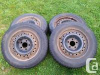 Selling a set of four (4) Nexen Winguard 231 snow tires