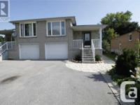 Overview Court Location! Look No Further Immaculate &