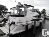 2000 396 Carver Motor Yacht. A true motor yacht with