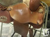 "Alamo Barrel Saddle #1586 - Full QH bars - 7"" gullet -"