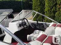 16' CanaVenture Lake Boat & trailer Not 100% sure the