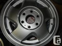 Brand: 16 inch 6 bolt GMC Alloy Rims gmc-16 Size: 16