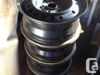4 rims made use of for 2 winters off a 2010 Honda
