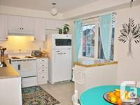 �Modern, immaculate, sun-filled Townhouse available