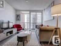 Overview Immaculate Open Concept 1+Den Modern Bedroom