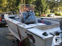 Centre console , 75 HP Mariner great fishing machine.