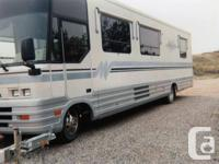1994 Winnebago Vectra 34RA has the following features:
