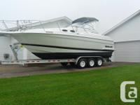 1998 Wellcraft 28 feet Martinique �Available April