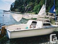 Swing Keel sail watercraft Trailer. Roller coral reef
