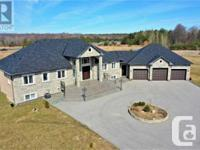 Overview Stylish Custom-Built Bungalow On A 2.62 Acres