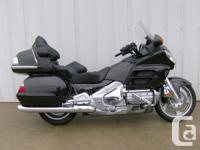 2010 HONDA GL1800 Pack up, hop on, and head out for