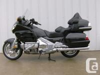 2010 HONDA GOLDWING AUDIO COMFORT Experience the