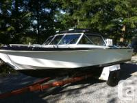 Offering my 18 ft inboard boat.Has 120 hp mercruiser