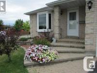 Overview All Brick 1500 Sq Ft 3 Bedroom 3 Bath Home In