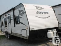 New 2016 Jayco Jay Flight SLX 264BHW!! Includes lots of