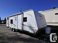 Great pre-owned trailer for sale! This Dutchmen Sport