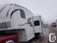 2008 forestriver wildcat 30 LOft 5th wheel for sale by