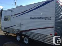 2011 RV like new. Excellent condition. Sleeps 5-6