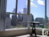 Sunny, bright, sub-penthouse, corner system (820 sq