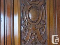 DARK CHERRY WITH BURL INSETS 3 DOORS (TWIST HANDLE) 1