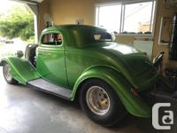 1934 Ford, Pro-Street 3window coupe. glass body with 4