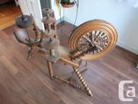 1944 Antique spinning wheel the condition is as see in