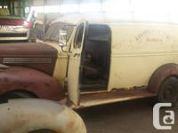 Make Chevrolet Year 1946 Colour tan and primer Trans