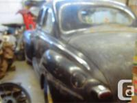 Make Ford Year 1948 ** 1948 Ford 2 door coupe, barn