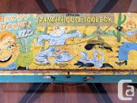 For sale is a vintage Howdy Doody 'Ranch house