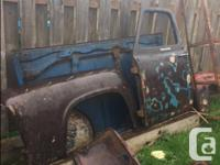 Make Ford Model F Year 1953 Colour brown Trans