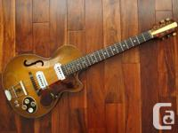 Selling my Hofner Club 50 from 1956. The guitar is all