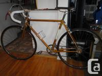 Selling an adult size RALEIGH GRAN SPORT in great