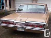 Make Ford Model Thunderbird Year 1966 Colour GOLD kms
