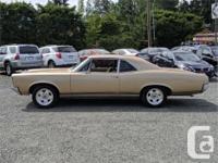 Make Pontiac Model LeMans Year 1966 Colour Gold Trans
