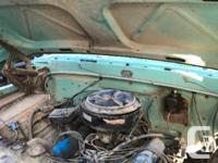 1968 Ford 600 grain truck / dump truck with hydraulic for sale  Saskatchewan