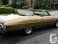 Make Pontiac Model Bonneville Year 1970 Colour gold
