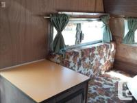 1971 SKYLARK,vintage camper trailer. Ready to roll!