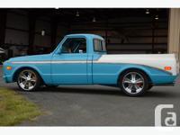 Completely custom shortbox fleetside Chevy Truck. 454